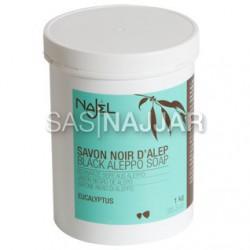 Czarne mydło peelingujące Savon Noir z eukaliptusem